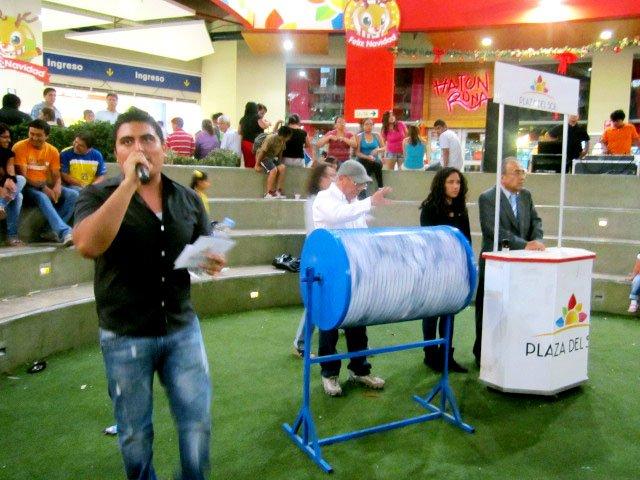Eventos enero01 plaza del sol huacho for Eventos plaza del sol